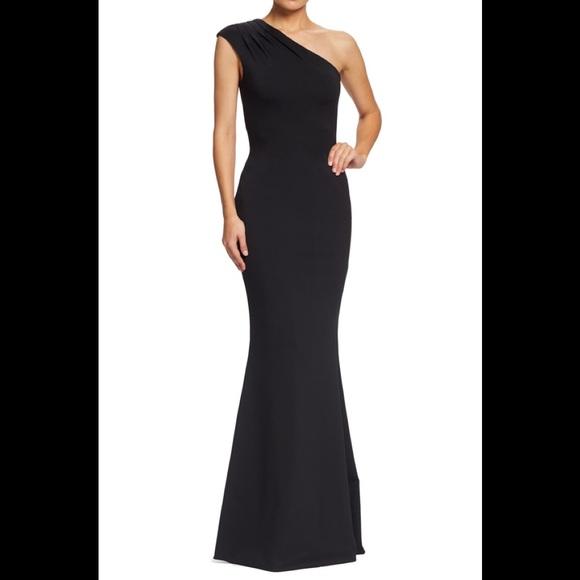 Dress the Population Dresses & Skirts - Dress The population eva one shoulder gown